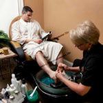 начало медицинского массажа с ног
