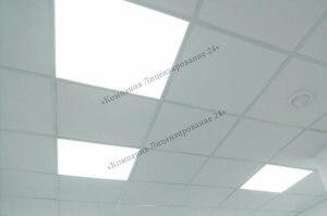 потолок с лампами освещения